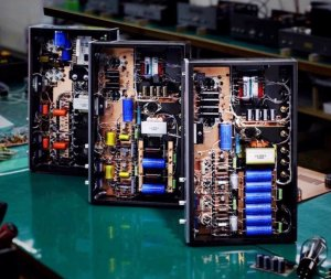 奥からATM-300,ATM-300A,ATM-300R